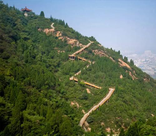 华清宫第三届大学生登山节