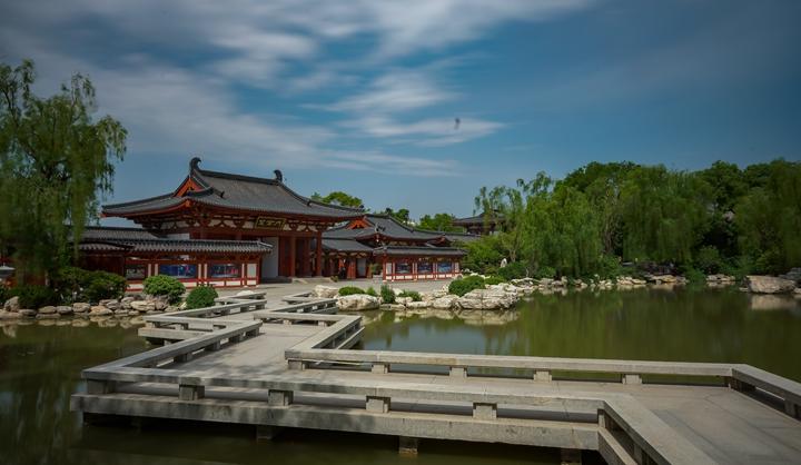 芙蓉湖七曲桥
