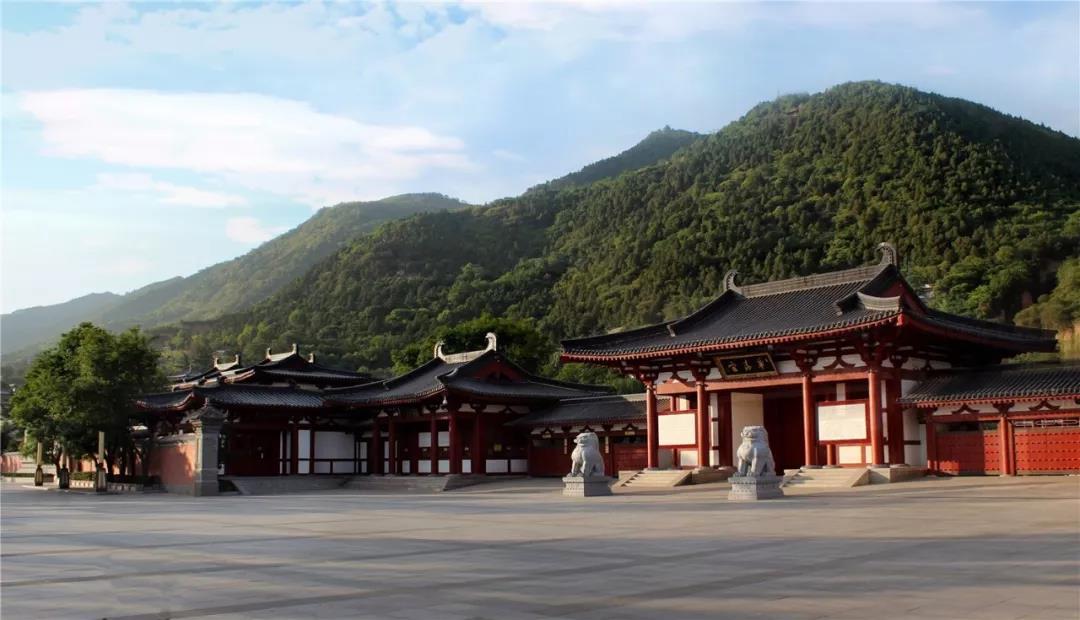 十一假期,华清宫除了人从众